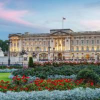 100223-640x360-buckingham-palace-dusk-640