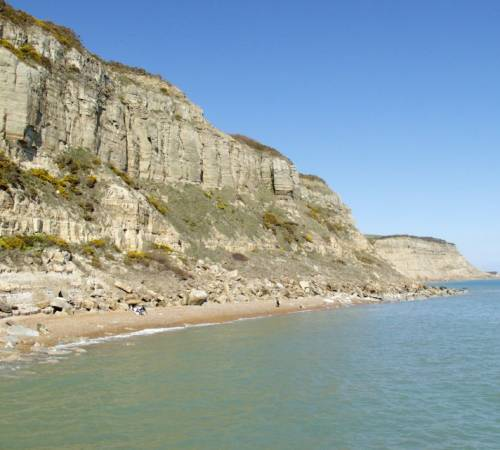 cliffbeachsea