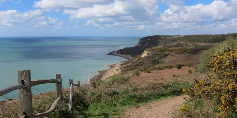 Dialogue UK English course activities Hastings beautiful coastal cliff walks